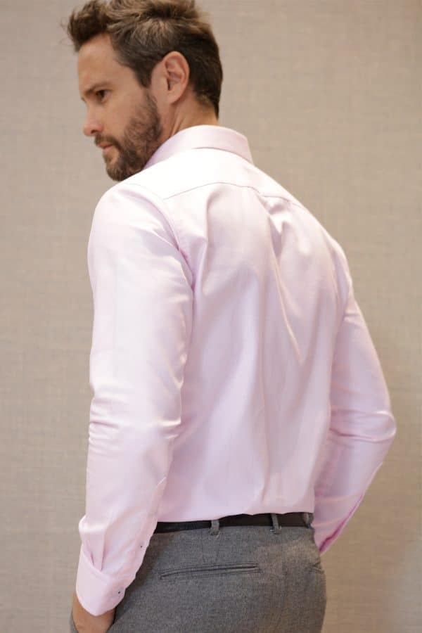 camisa-rosada-espalda